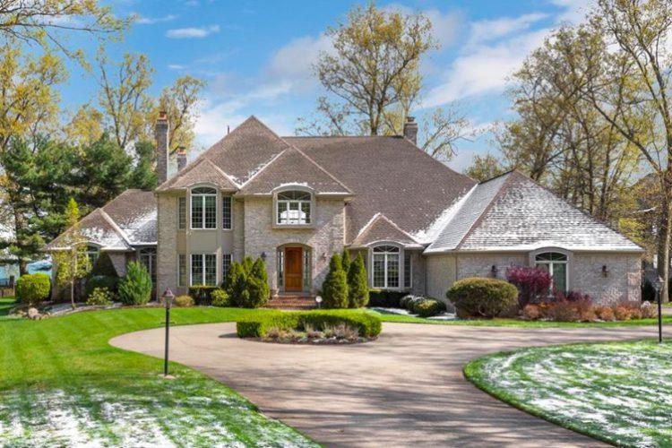 31734 Lake Road, Avon Lake, Ohio 4272915