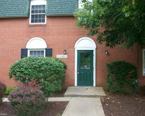 4781 Columbia Rd 202, North Olmsted, OH, 44070