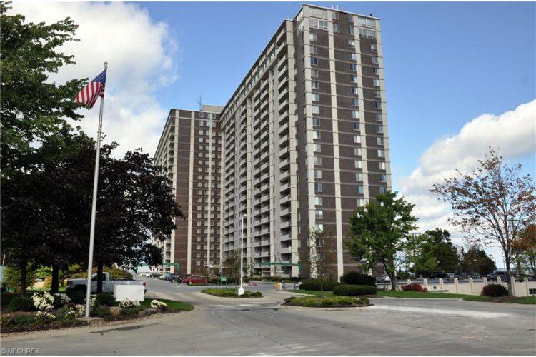 12900 Lake Avenue, Apt 1102, Lakewood, Ohio 44107