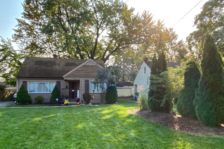 5075 Andrus, North Olmsted, Ohio  4229891