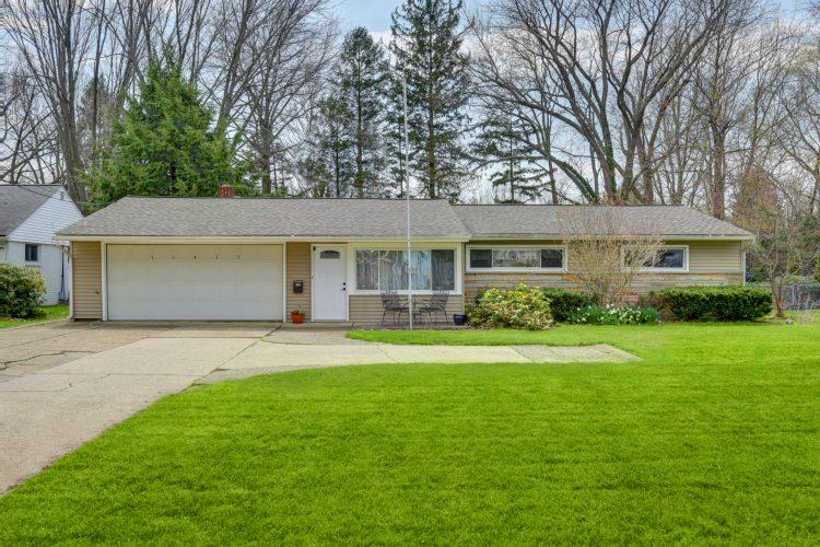 30345 Lake Road, Bay Village, Ohio 44140
