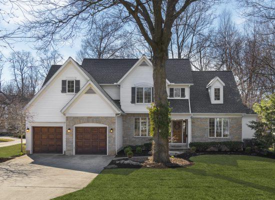 210 Bradley Road, Bay Village, Ohio  4080150