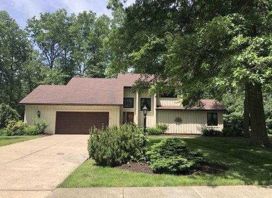 234 Jamestown, Avon Lake, Ohio 44012  4103876